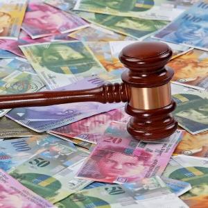 Zawieszenie obowiązku płatności rat kredytu frankowego na czas procesu